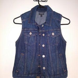 New EXPRESS sleeveless denim jean jacket XS